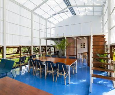 Reading Room - Atlibrary / Sher Maker