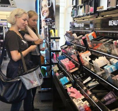 Sephora released some of its Black Friday deals early - this is the best stuff we've seen so far