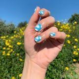 Miley Cyrus Shared an Easy Nail-Art Look That Needs No Tools During Her Instagram Live