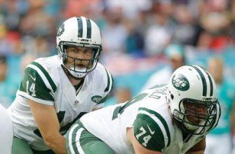 Jets release center Mangold, longest-tenured member of team