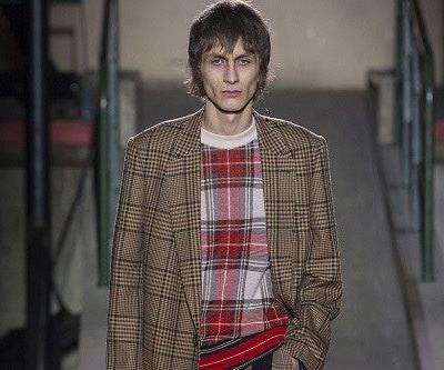 Dries Van Noten's Fall/Winter 2018 Collection Showcases Eye-Catching Variety