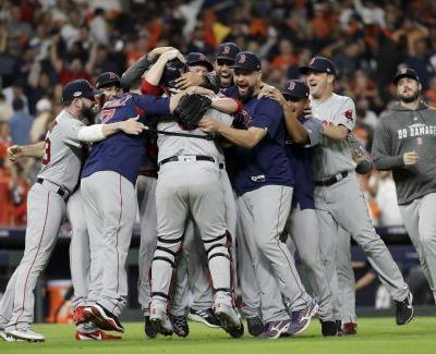 Red Sox finish off Astros in 5 games, head to World Series