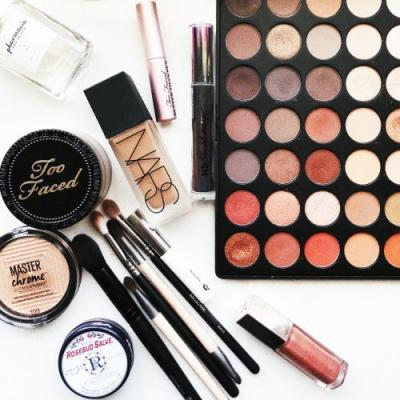 Ask a Makeup Artist: How Do I Fix Broken Makeup?