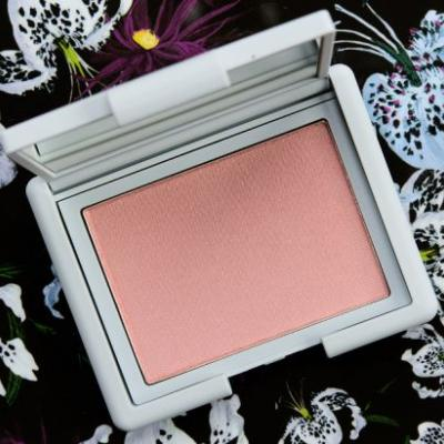 NARS Loves Me Not Powder Blush Review, Photos, Swatches