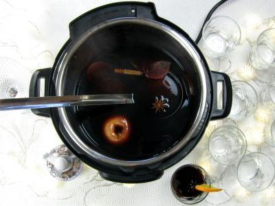 1-minute Pressure Cooker Mulled Wine