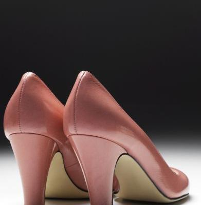 Nun caught smuggling cocaine in shoe heels was misled by online boyfriend, attorney says