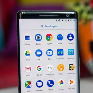 Nokia 8 Sirocco receives tardy but welcome Android 9.0 Pie update