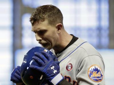 Mets add Canó , McNeil to injured list
