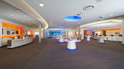 AT&T is expanding its unlimited data plan to everyone, available tomorrow at $180 for 4 lines