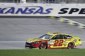 Logano earns pole for elimination race at Kansas Speedway