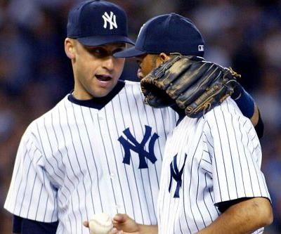 Derek Jeter congratulates Mariano Rivera on Hall of Fame election