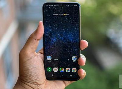 Motorola One Action, Samsung Galaxy A50 on sale at Best Buy from only $200