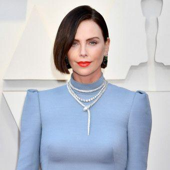 Charlize Theron's Hair Transformation Stunned on the Oscars Red Carpet
