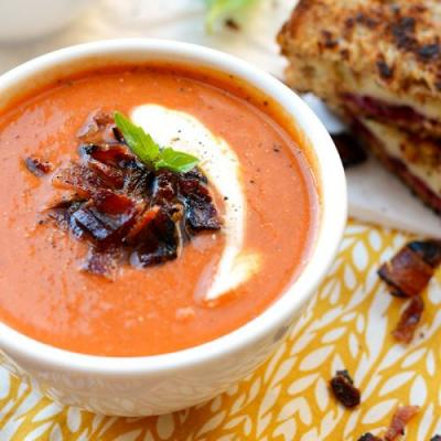20-Minute Healthy Tomato Bisque Soup