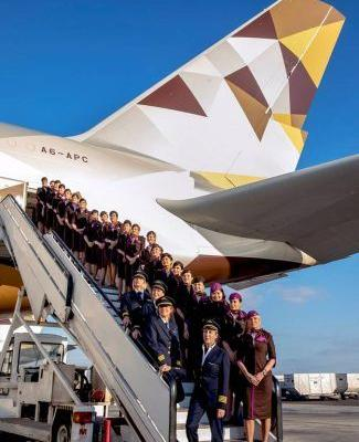 Etihad's All-Female Flight Crew Takes International Women's Day To New Heights