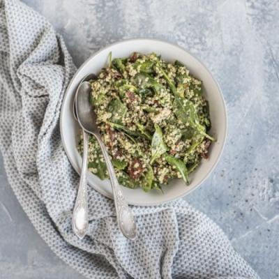 Quinoa pesto salad