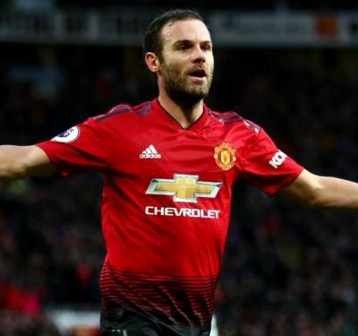 VAR aids Man Utd as Mata scores penalty against Reading after lengthy delay