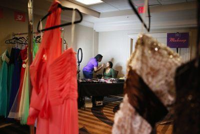 Savannah James makes prom night possible for 38 teen girls in Akron
