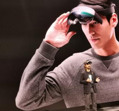 Microsoft unveils the $3,500 HoloLens 2 AR headset built for comfort and immersion