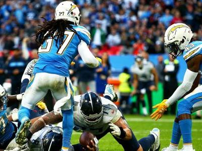 Titans lose to Chargers after going for 2 points at end of game