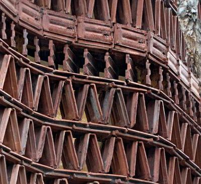 How to Make a Facade with Recycled Materials? 16 Notable Examples