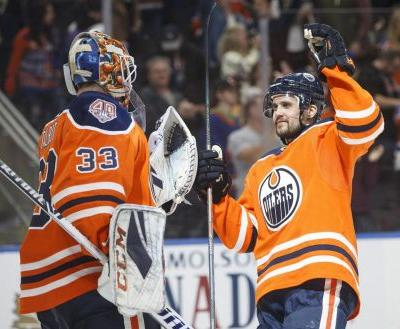 Draisaitl, McDavid combine for seven points as Oilers overpower Wild