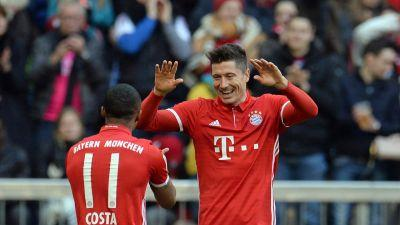 Bayern routs Hamburg 8-0 with Lewandowski hat trick