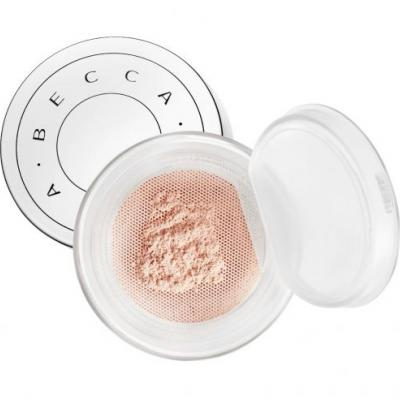 This Loose Powder Feels Wet on Skin - Like Black Magic in Makeup Form