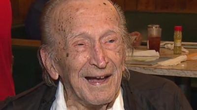 107-year-old Georgia man talks about long life, what's changed over last century