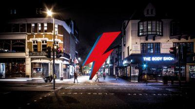 This crowdfunding project is building a giant lightning bolt in Brixton to comemmorate David Bowie