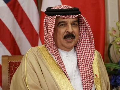 Bahrain king reinstates citizenship of 551 amid mass trials