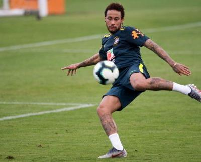 Neymar turned up to Brazil international soccer duty in a black Mercedes helicopter worth $15 million