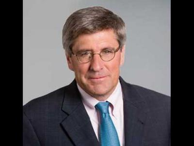 Trump will nominate former campaign adviser Stephen Moore to Federal Reserve