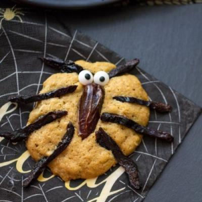 Healthy Spider Oatmeal Cookies