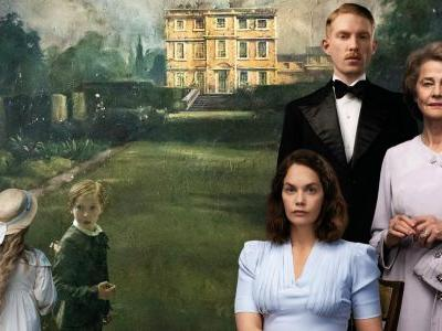 The Little Stranger Review: Gothic Horror Drama Done Right