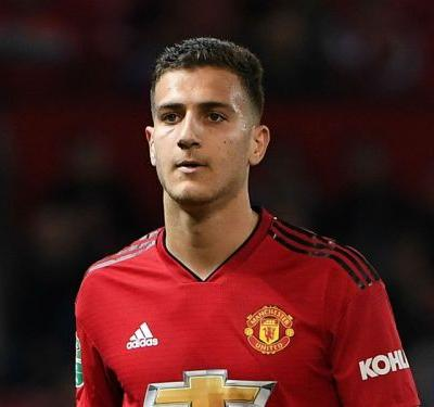 Man Utd's Dalot shocks former team with gift of new team bus