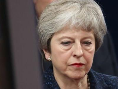 Theresa May to sign Brexit deal with EU leaders as her Cabinet plot to rip up her agreement