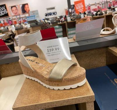 Spring Shoe Trends at DSW: Adventures in Platform Sandals