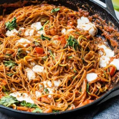 SUN DRIED TOMATO PASTA WITH ZOODLES