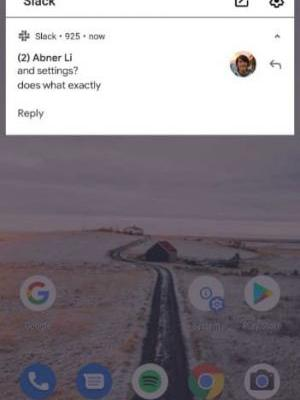 Facebook-Like Chat 'Bubbles' Spotted In Android Q Beta 1