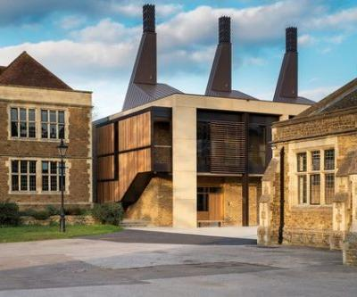 Charterhouse Science & Mathematics Centre / Design Engine Architects