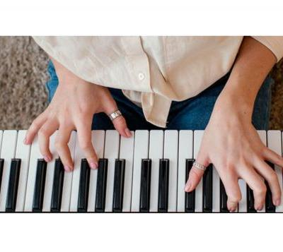 Becoming a master piano player has never been this accessible