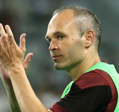 VIDEO: Iniesta scores first goal for Kobe with stunning strike