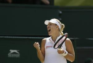 The Latest: Kerber leads Williams in Wimbledon final