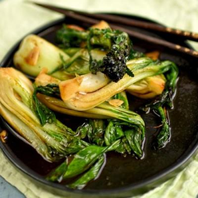 Pak choi with broccoli & soy sauce