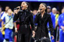 2019 Super Bowl: Chloe x Halle Perform 'America the Beautiful'