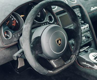 Lamborghini Says It Is Too Expensive To Bring Back Manual Offering