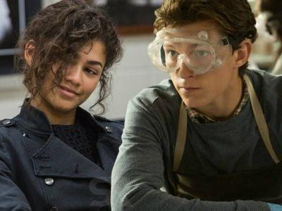 Spider-Man: Far From Home Set Photos Reunite Tom Holland & Zendaya