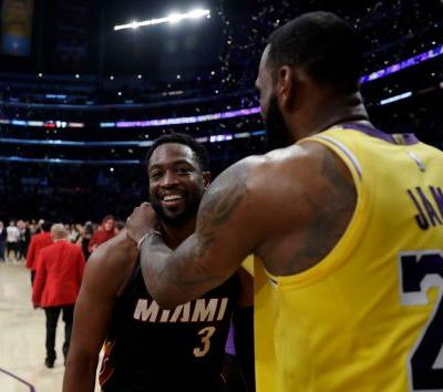 LeBron James, Dwyane Wade author one more special moment on court together