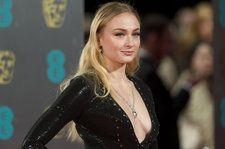 'Game of Thrones' Star Sophie Turner 'Spits Fire,' Over 'The Real Slim Shady,' On 'Late Late Show': Watch